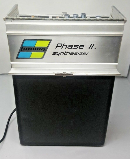 Picture of Ludwig Phase II Synthesizer Guitar Pedal 2