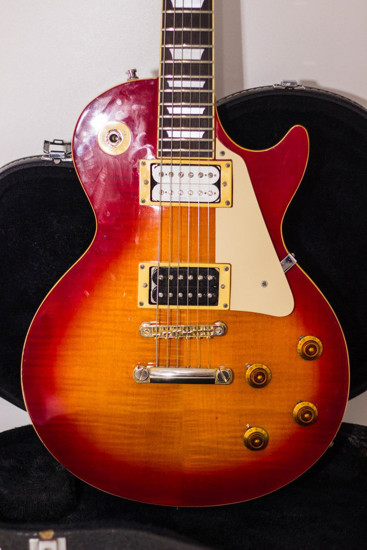 Picture of Epiphone Les Paul Standard Korea 1994 Samick Cherry Sunburst Korean w /Epi Case