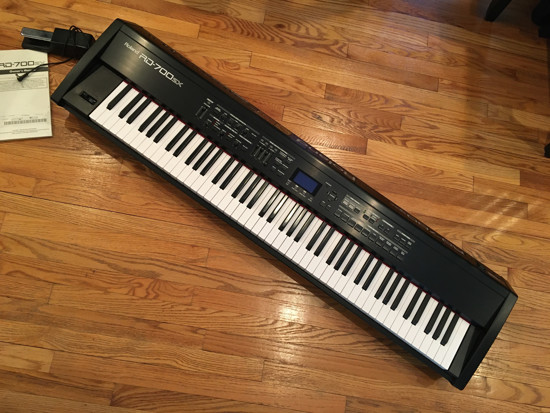 Picture of Roland RD700sx Digital Piano / Synth / Keyboard